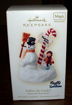 2008 Hallmark Follow the Leader Frosty the Snowman Ornament NIB