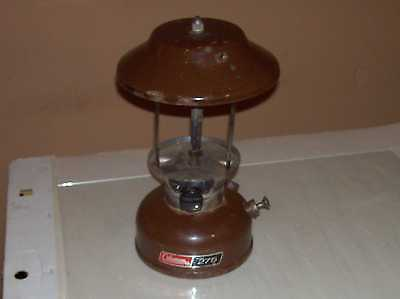 Vintage 1976 Model 275 Coleman Brown Lantern Lamp Light Camping Fishing Hunting