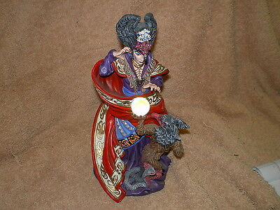 """""""The Sorceress"""" Danbury Mint, Quest for the Crystal Series"""
