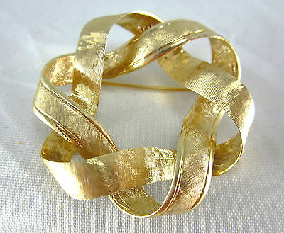 Beautiful Ladies 14K Yellow Gold Wreath Style Pin / Brooch 7.5 Grams