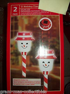 2 Pc Lighted Solar Led Snowman Pathway Markers Cool White Bulbs
