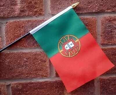 "PORTUGAL HAND WAVING FLAG Small 6"" x 4"" with black pole Portuguese Porto algarve"