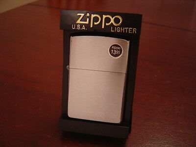 NO 200 BRUSH FINISH CHROME ZIPPO LIGHTER MINT IN BOX H 2003 AUGUST 03 PRODUCTION