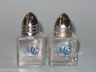 Vintage US Airline Midwest Express Salt and Pepper Shakers
