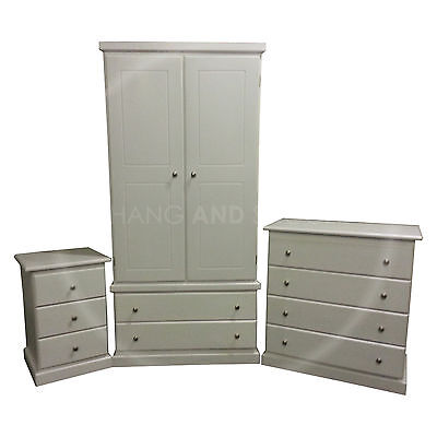 Hand Made Furniture Cambridge 3 Piece Bedroom Set White (Assembled)