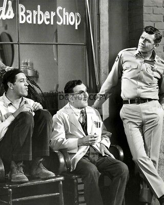 """the Andy Griffith Show"" Goober, Floyd & Andy At Barber Shop 8X10 Photo (Ep-749)"
