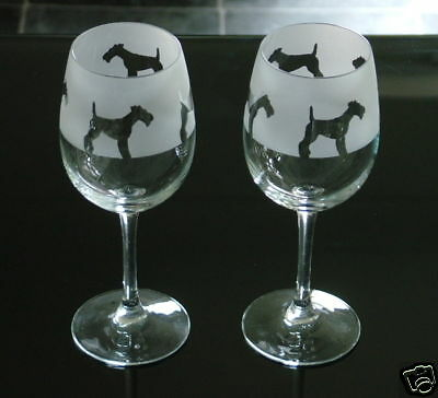 Fox Terrier Dog gift Wine Glasses Classic shaped glass