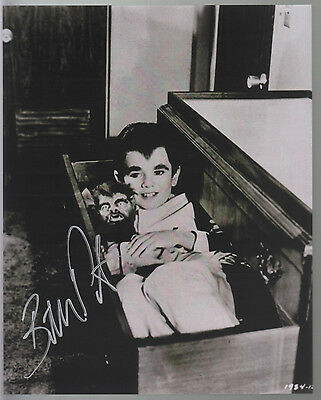 BUTCH PATRICK - EDDIE MUNSTER HAND SIGNED 8x10 PHOTO SLEEPING w WOFF WOFF