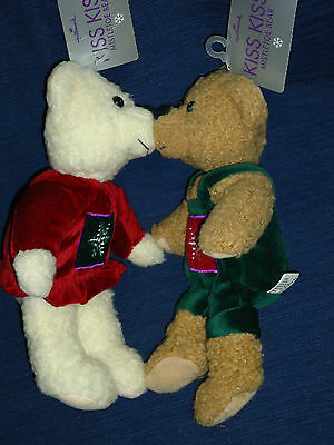 NEW! Pair of beanbag plush Hallmark KISS KISS Mistletoe BEARS w/Tags
