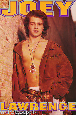 Poster :tv/movie Actor : Joey Lawrence - Open Shirt- Free Shipping ! #8206 Lc5 B