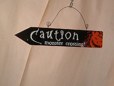 "HALLOWEEN ""CAUTION MONSTER CROSSING!"" SIGN  WOOD   H3"