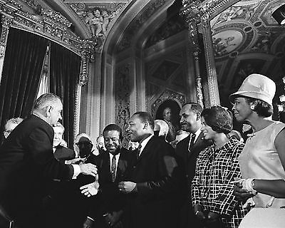 President Lyndon Johnson With Martin Luther King Rosa Parks  8X10 Photo (Ep-911)