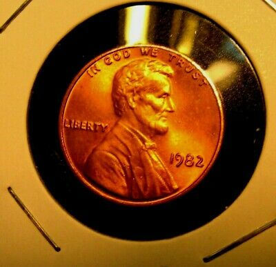 1982 -P    Lincoln  Memorial Cent  BU   Red   Nice US  Coin  Combined  Shipping