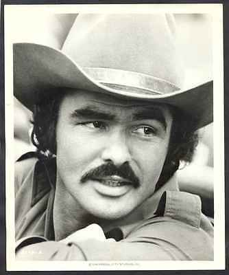 "Real Photo Burt Reynolds USA Actor 1977 9 3/4"" x 8"""