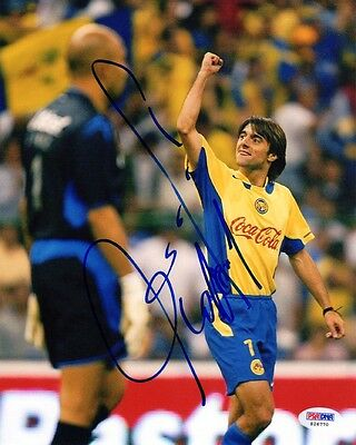 Claudio Lopez SIGNED 8x10 Photo Argentina *VERY RARE* PSA/DNA AUTOGRAPHED