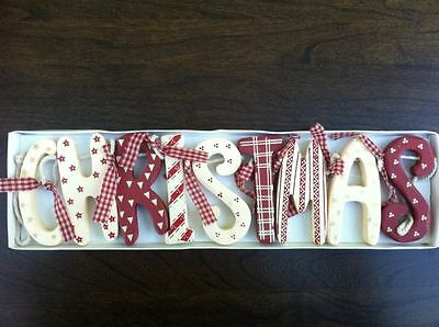 Chic Shabby Christmas Wooden Garland Red Cream Vintage Style Decoration Boxed