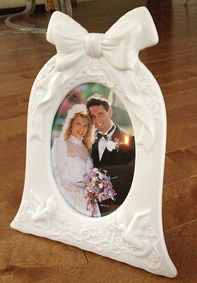 "Russ Berrie White Lace Promises 3D Wedding Bell & Doves 5""x7"" Photo Frame NWOB"