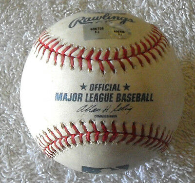 ***MATCH USED*** REDS Vs CUBS OFFICIAL MLB BASEBALL WRIGLEY FIELD 2011 STEINER