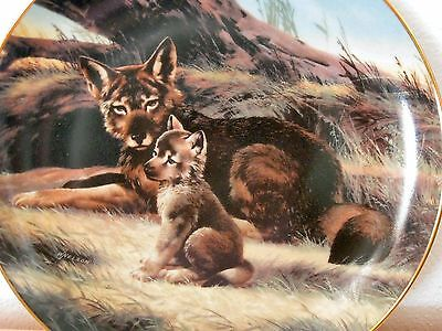 Red Wolf Collector Plate - w/ Box & COA - 1989 Numbered Endangered Species