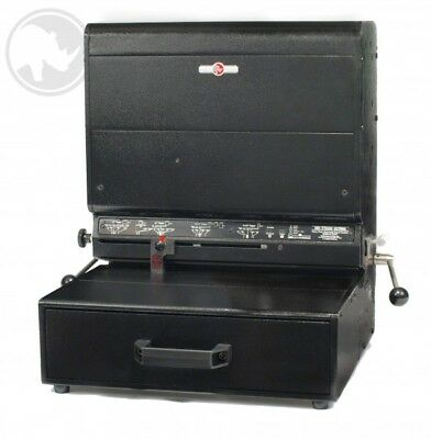 HD7700H Heavy Duty Punch For Wire, Comb & Spiral Binding