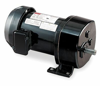 Dayton AC Parallel Shaft Split Phase Gear Motor 134 RPM 1/4hp 115V Model 6K354