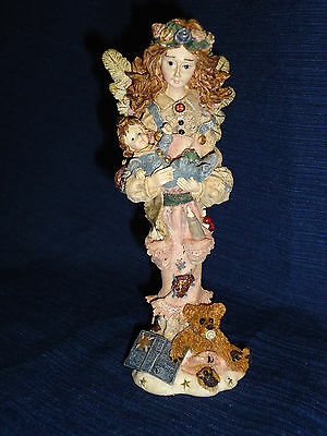"""Boyds Folkstone 7"""" SERENITY...THE MOTHER ANGEL w/Infant  Figurine #28204  1996"""