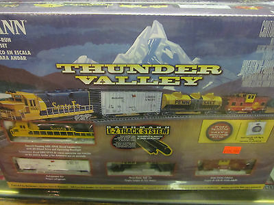 Bachmann Thunder Valley Train Set N Gauge ( New )