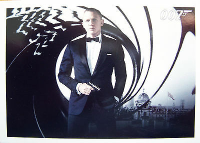 James Bond 007 Autographs & Relics - Skyfall Basic Trading Card Set