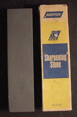 Norton Oil Filled Crystolon Sharpening Stone-Boxed-Used-JB8