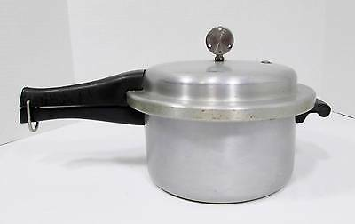 Vintage Mirro - Matic 4 Qt Pressure/Speed Cooker 394-M
