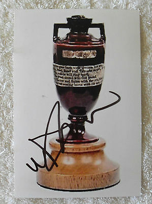 """MICHAEL VAUGHAN CRICKET SIGNED IN PERSON 10 x 15cm PHOTO COA """"BUY GENUINE"""" ASHES"""