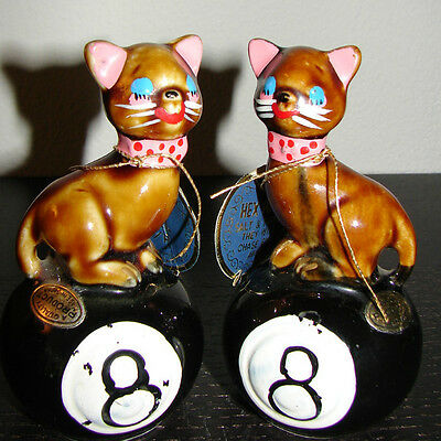 Vintage Hex Pussy Cat Salt Pepper Shakers CHASE EVIL AWAY 8 Ball Japan MINT