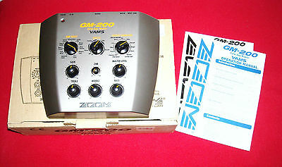 Modelling Preamp and Effects ZOOM  GM-200 VAMS desktop processor GM200