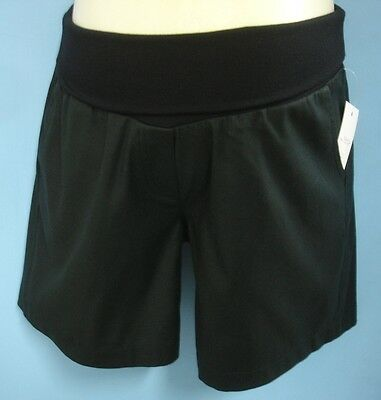 Cool maternity shorts in black; white or beige size 8 to 16 NEW