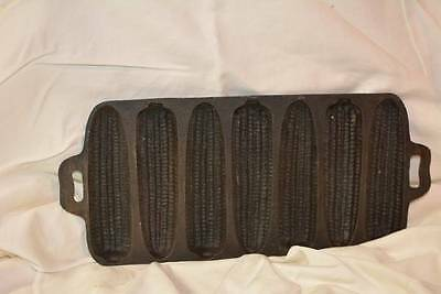 Vintage Cast Iron Corn Cob Muffin Bread Baking Pan 7 Ears