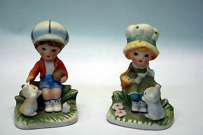 2 HOMCO Figurines Boy With Dog and Girl With Cat 1430V