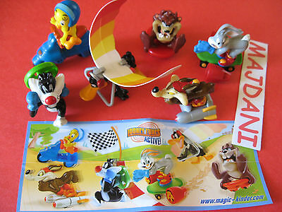 LOONEY TUNES. complete set with paper  KINDER  SURPRISE  EGG