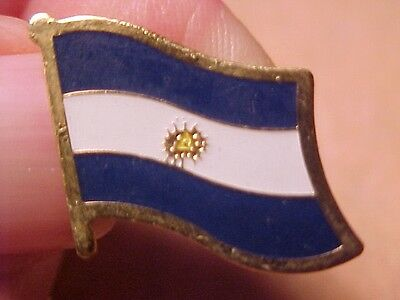 EL SALVATOR FLAG PIN
