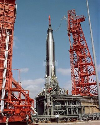 Faith 7 Spacecraft On Pad Prior To Launch Gordon Cooper 8X10 Nasa Photo (Aa-614)