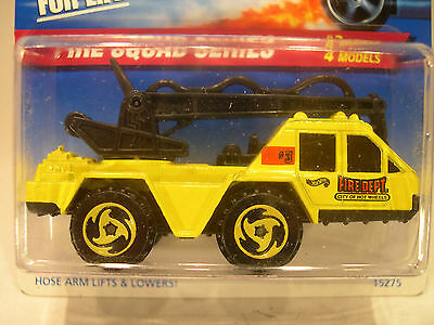 HOT WHEELS #426 -1996 FIRE SQUAD SERIES - FLAME STOPPER, yellow, ML, rz-y