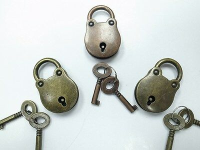 Old Vintage Antique Style  Padlocks With Keys - Assorted Color