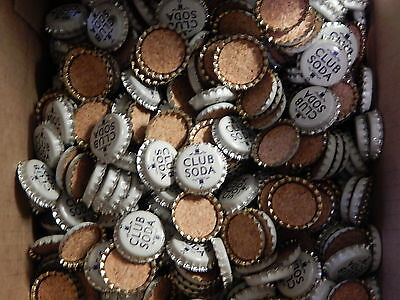 Lot of 100 Pepper's Club Soda Bottle Caps, MINT, Cork Lined and Uncrimped