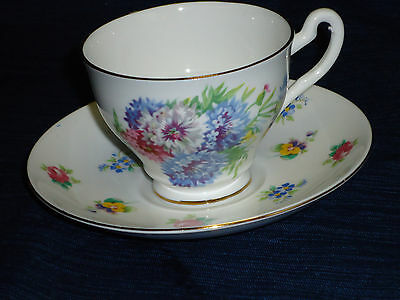 Crown Staffordshire bone china TEA CUP & SAUCER Flowers pattern England