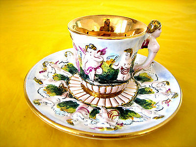VINTAGE CAPODIMONTE COFFEE CUP&SAUCER (GOLD LUSTRE)  rubbing&scratches  (0.25/H)