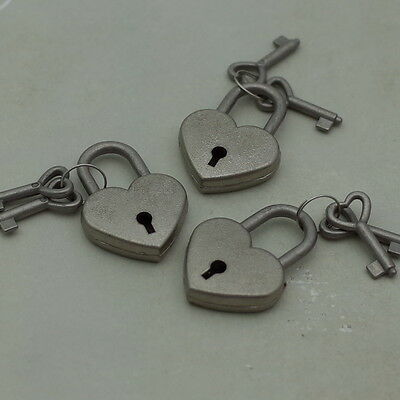 Vintage Style Mini Padlock Key Lock Heart Shaped (Antique Silver Color) Lot of 3