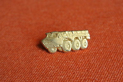 09485 Pin's Pins Auto Car Camion Blinde Renault Vab Army Armee Truck 6 Tyres