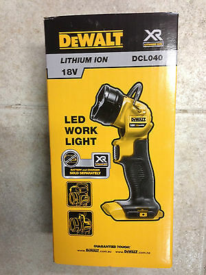 DeWalt 18V XR Li-ion Cordless LED Jobsite Torch - Skin Only - DCL040-XE