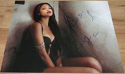 Hot Eiza Gonzalez Signed 11x14 From Dusk Till Dawn The Series w/Proof