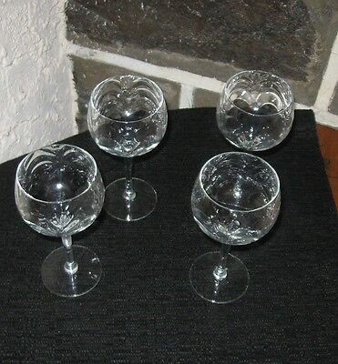 Waterfall design wine glasses buy what you need!!