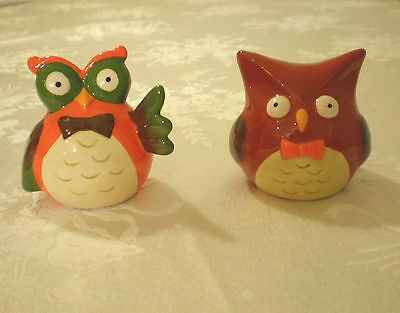 Set Of 2 Owl Salt And Pepper Shakers High Gloss Ceramic Cute And Colourful
